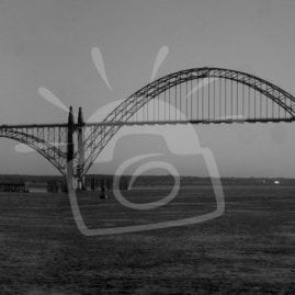Yaquina Bay Bridge (BW)